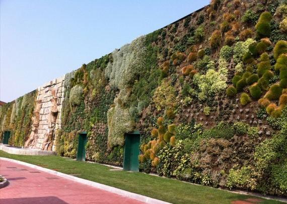 cамый большой вертикальный сад в мире3 (570x406, 208Kb)