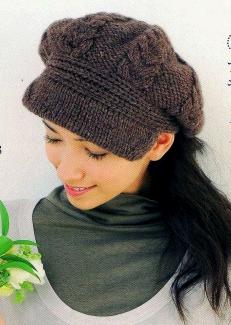 Вяжем шапку с козырьком женская 265