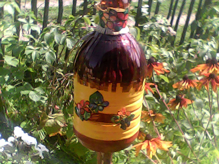 Улей из пластиковых бутылок