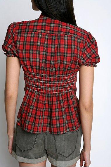 18 апр 2011 Видела на сайте в одной из публикаций ( к сожалению не запомнила в какой) женскую рубашку, переделанную...