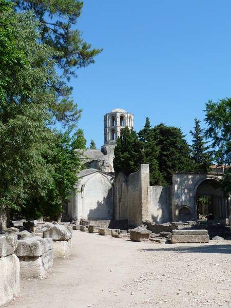 руины аббатства Монмажур9 (450x600, 56Kb)