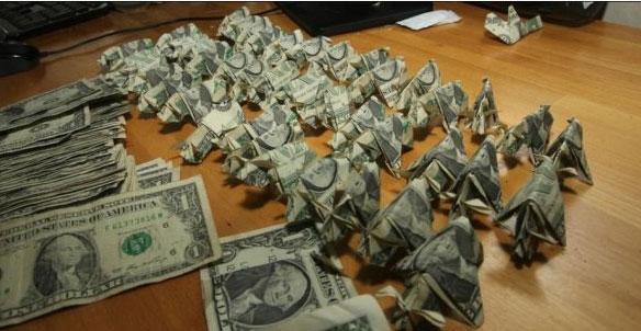 оригами из долларов 2 (584x302, 52Kb)