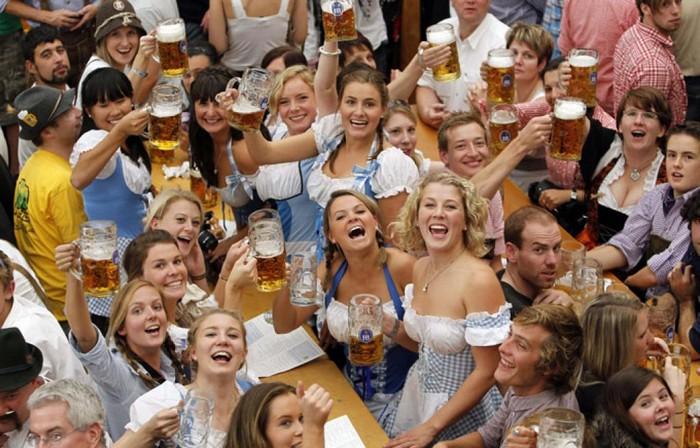 Октоберфест 2012 - лучшие фото фестиваля 20 (700x448, 110Kb)