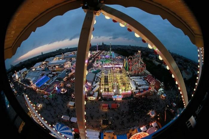 Октоберфест 2012 - лучшие фото фестиваля 36 (700x467, 96Kb)