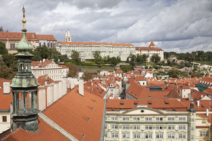 Неповторимая архитектура Праги 21 (700x466, 114Kb)