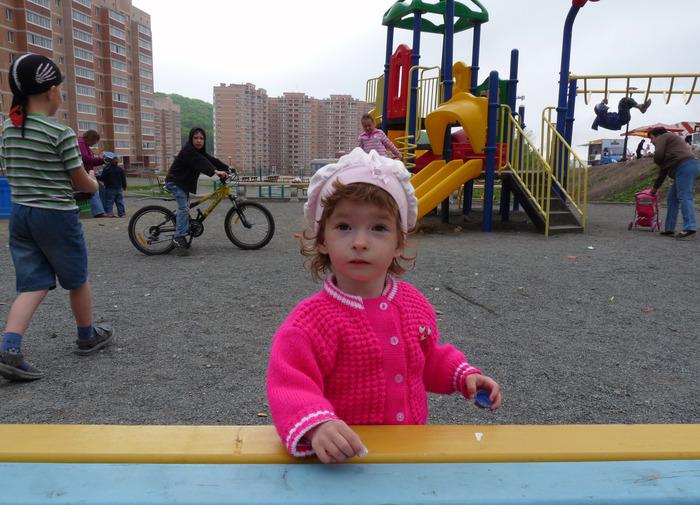 1348541750_yulya_ploschadki_lyudi (700x505, 147Kb)
