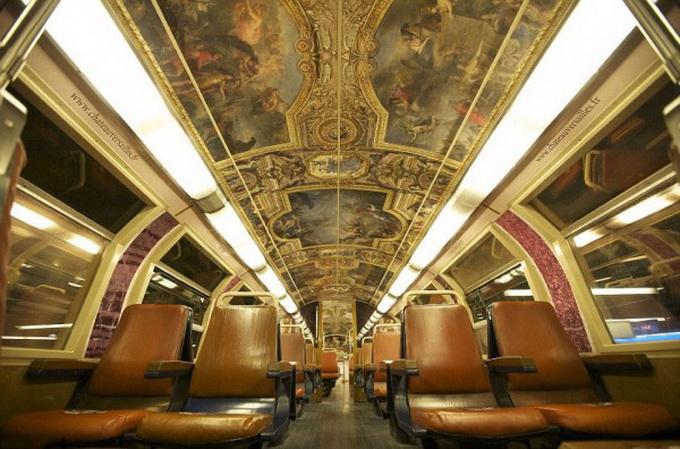 парижский поезд оформлен под версальский дворец (680x449, 136Kb)