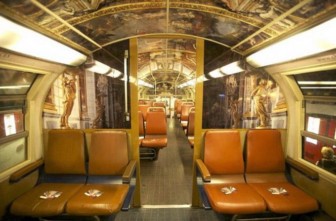 парижский поезд оформлен под версальский дворец 2 (680x447, 125Kb)