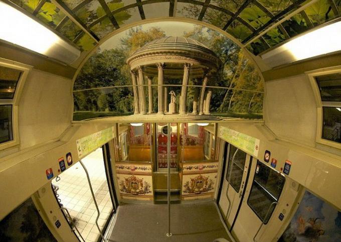 парижский поезд оформлен под версальский дворец 4 (680x482, 140Kb)