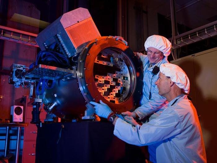 Самая мощная цифровая камера в мире «Темная энергия»