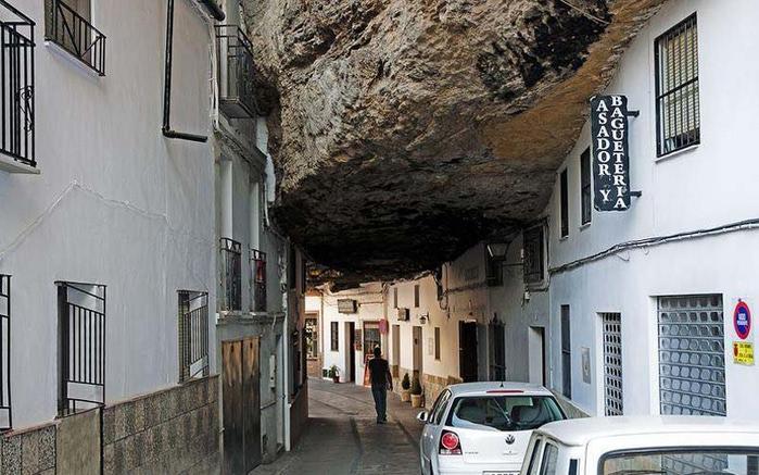 Setenil-de-las-Bodegas-4 (700x437, 116Kb)