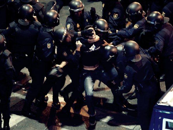 Демонстрации в Мадриде 25 сентября6 (600x452, 52Kb)