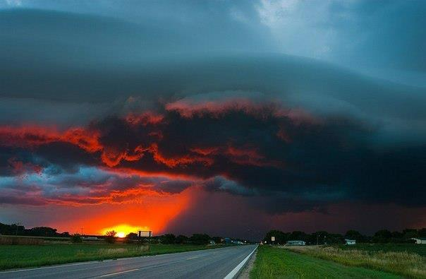Закат во время бури. Штат Небраска (604x395, 23Kb)