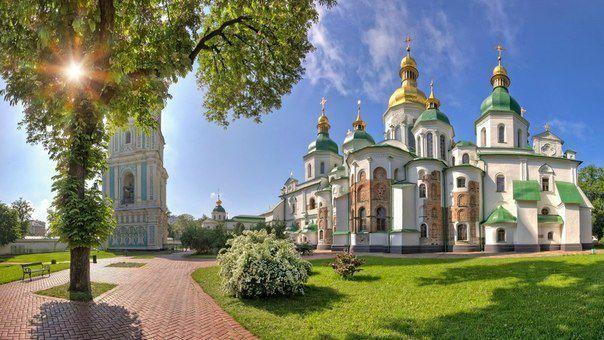 Собор Святой Софии в Киеве (604x340, 58Kb)
