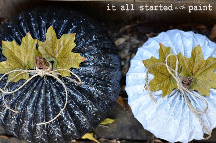 dryer-vent-pumpkins-with-krylon-spray-paint (700x463, 127Kb)