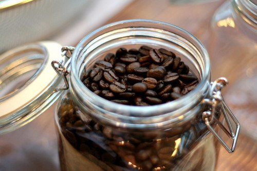 кофе зерна корица