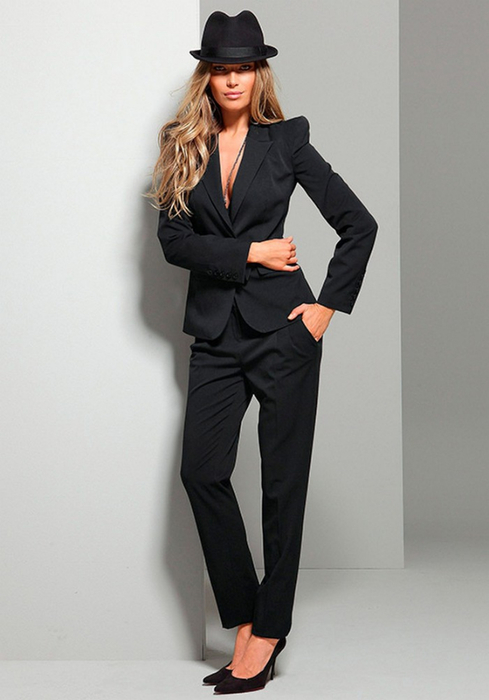 Лучшие женские брючные костюмы 2012 года 10 (489x700, 198Kb)
