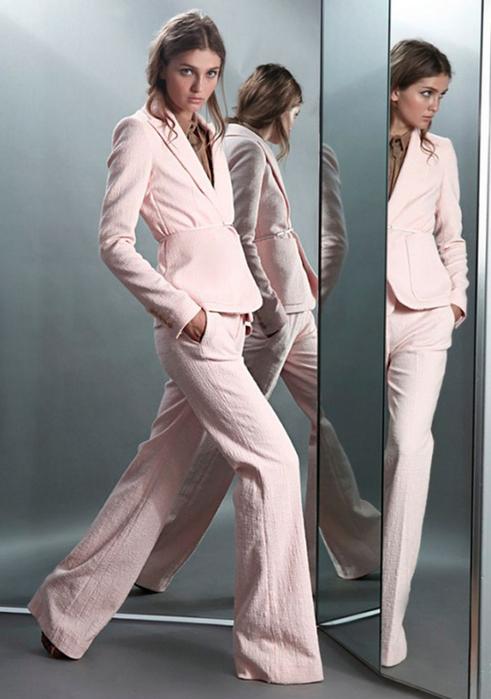 Лучшие женские брючные костюмы 2012 года 21 (491x700, 262Kb)