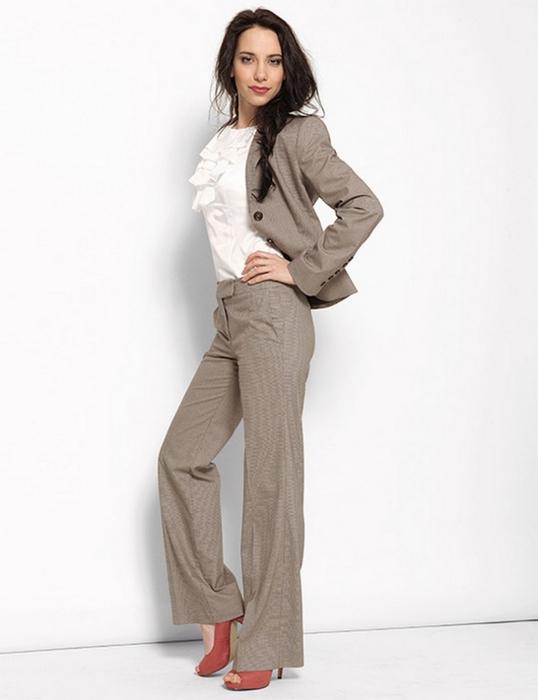 Лучшие женские брючные костюмы 2012 года 24 (538x700, 153Kb)