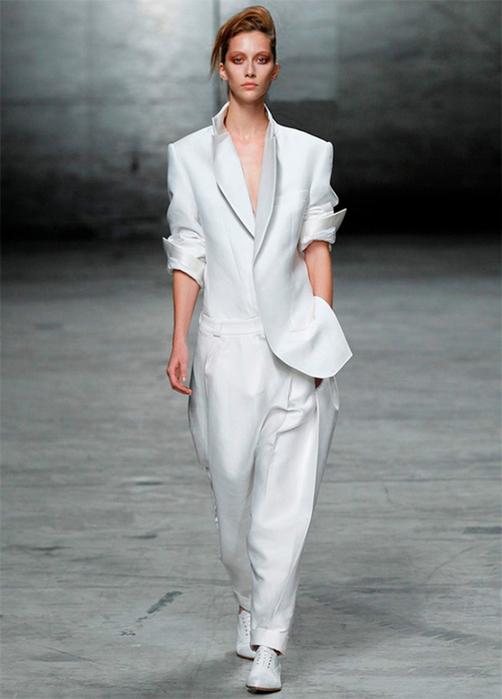 Лучшие женские брючные костюмы 2012 года 29 (502x700, 243Kb)