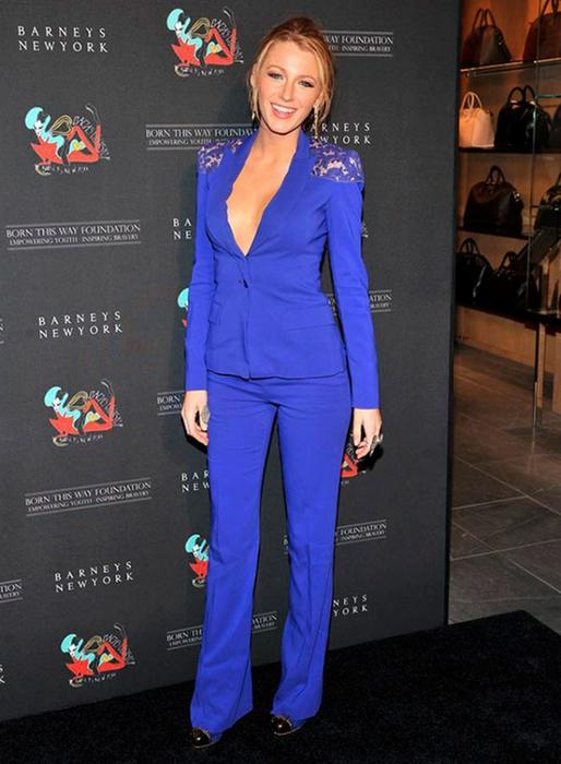 Лучшие женские брючные костюмы 2012 года 33 (514x700, 315Kb)