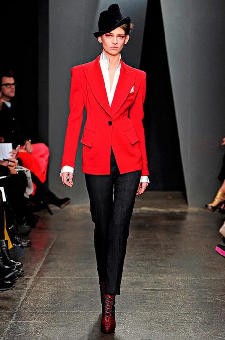 Лучшие женские брючные костюмы 2012 года 44 (465x700, 314Kb)