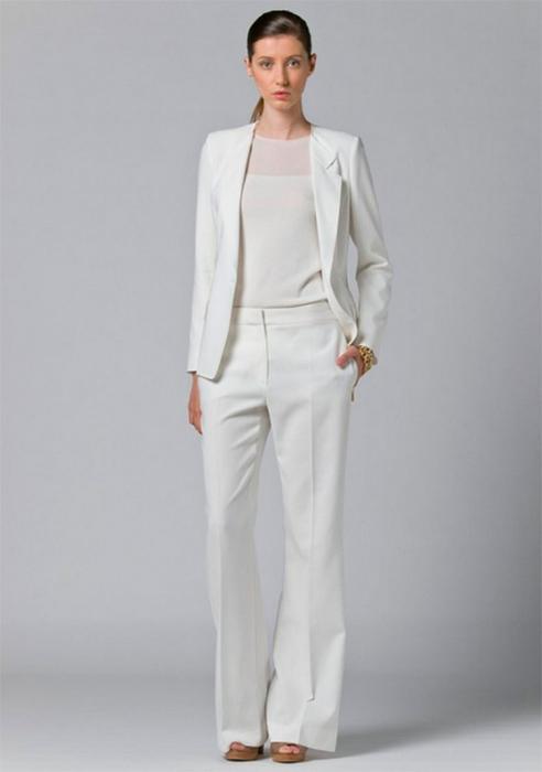 Лучшие женские брючные костюмы 2012 года 45 (492x700, 131Kb)