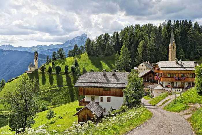красивые домики в итальянской деревне (700x468, 56Kb)