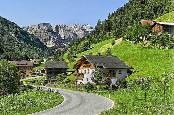 красивые домики в итальянской деревне 7 (700x464, 74Kb)