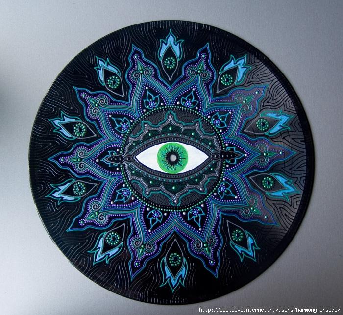 Зеленый глаз 2 (мини) (700x643, 411Kb)