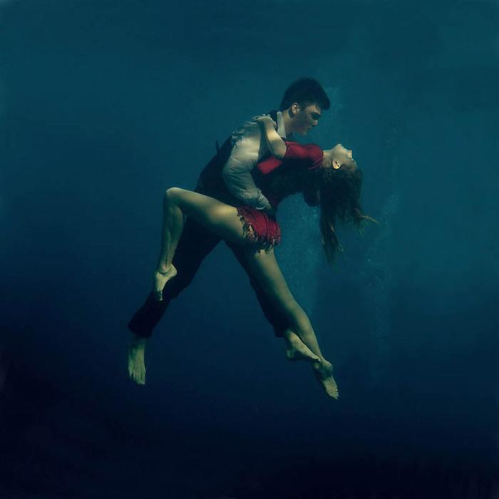 танго под водой (700x700, 48Kb)