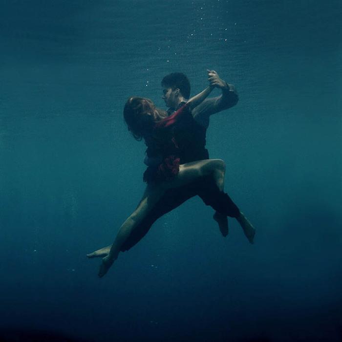 танго под водой5 (700x700, 59Kb)