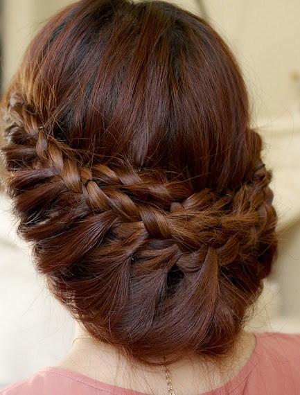 Прическа-из-косичек-для-длинных-волос (433x570, 84Kb)