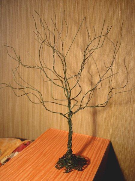 Деревянное ведро из дерева