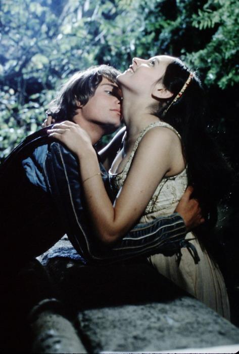 Кадры из фильма Ромео и Джульетта   1968 (473x700, 84Kb)