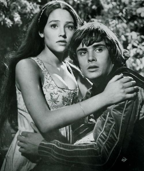 Кадры из фильма Ромео и Джульетта   (1968) (500x596, 90Kb)