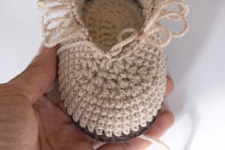 crochet_booties6_resize2 (250x167, 30Kb)