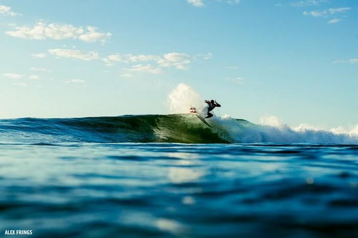 Красивые фотографии серферов от Alex Frings 3 (700x466, 51Kb)