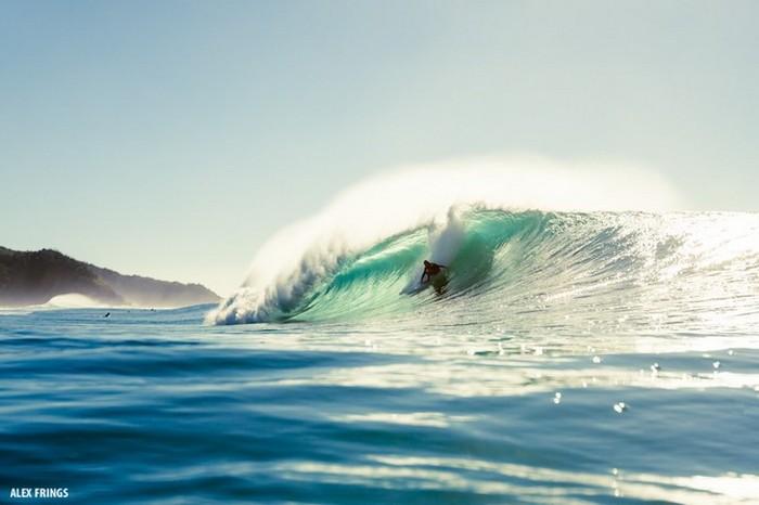 Красивые фотографии серферов от Alex Frings 5 (700x466, 54Kb)