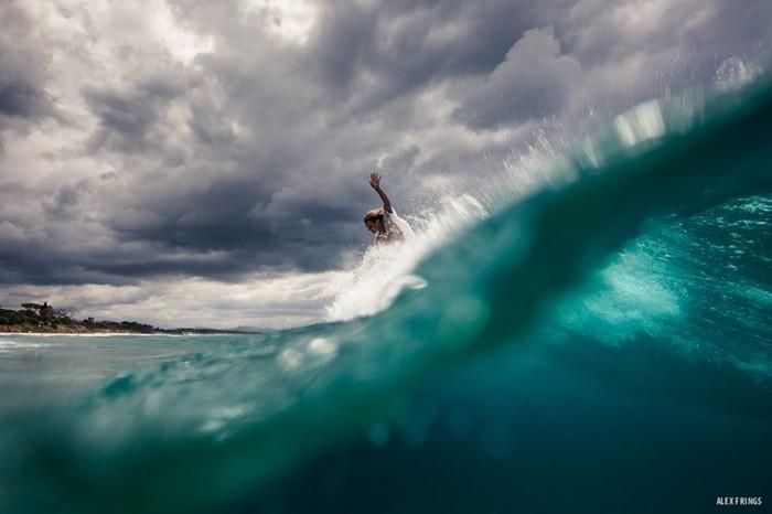 Красивые фотографии серферов от Alex Frings 19 (700x466, 50Kb)