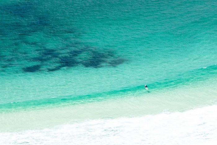 Красивые фотографии серферов от Alex Frings 21 (700x466, 77Kb)