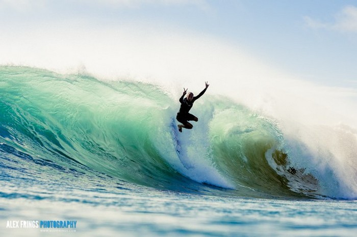 Красивые фотографии серферов от Alex Frings 31 (700x466, 64Kb)