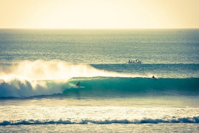 Красивые фотографии серферов от Alex Frings 35 (700x466, 86Kb)