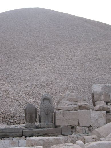 3925073_nemrut_dag_turkey_12 (389x518, 35Kb)