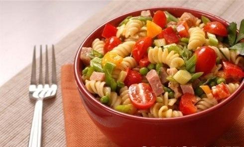 Итальянский салат с ветчиной, (490x296, 33Kb)