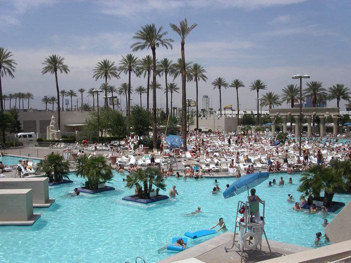 Отель Luxor hotel и Casino, Las Vegas - Пожить в пирамиде. 37128