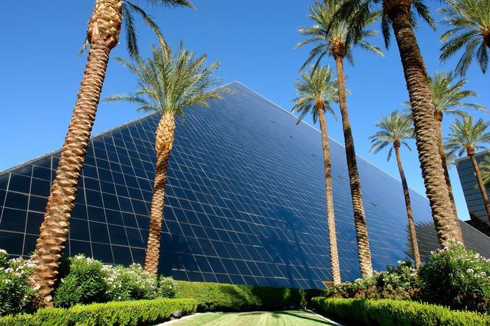 Отель Luxor hotel и Casino, Las Vegas - Пожить в пирамиде. 63184