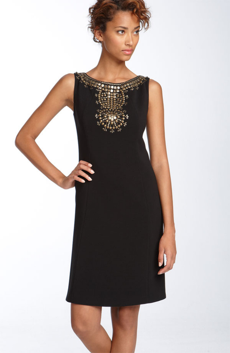Как украсит простое платье своими руками 866