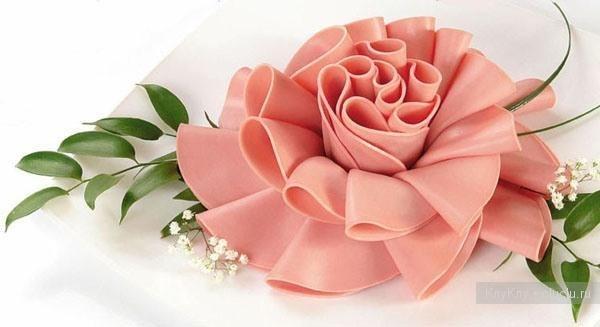 цветок из колбасы (600x327, 28Kb)