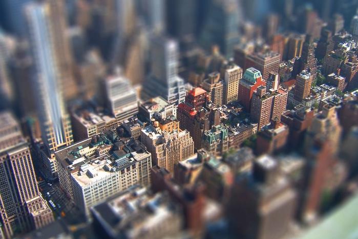 фотографии городов Tilt-Shift 12 (700x466, 237Kb)